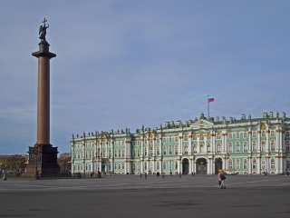 Alexander Column and the building of the Winter Palace