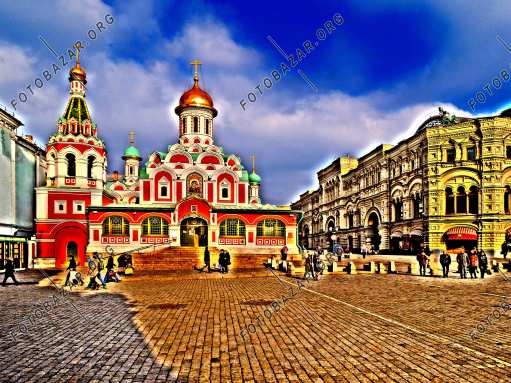 Kazan Cathedral and the GUM building on Red Square
