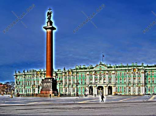 Alexander Column on the background of the Winter Palace