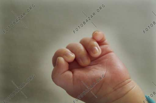 Fingers of a child's hand